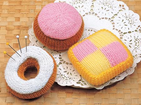 Pincushion Cakes