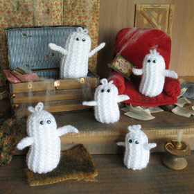 Jean Greenhowe's Halloween Ghosties